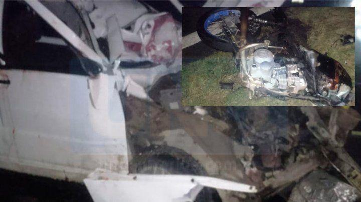 RUTA 32: Dos personas perdieron la vida al chocar un auto y una motocicleta