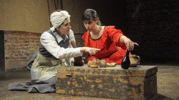 Elenco. Sandra Blasón y Valeria Pereyra, parte del elenco que se completa con Juampi Amarillo y Lorena Díaz.