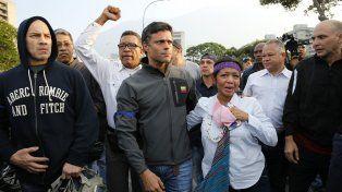 Guaidó llamó a un levantamiento militar contra Maduro en Venezuela