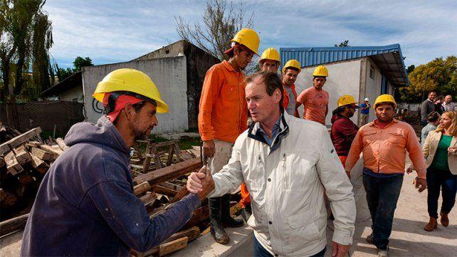 Bordet: Somos un gobierno presente al lado de los trabajadores