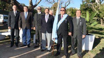inauguraron un monumento a los caidos de la fuerza aerea, en malvinas