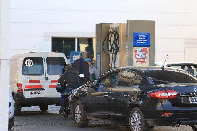 Entre el martes y ayer se modificaron los precios de las naftas en los surtidores de todas las estaciones de Paraná. En promedio