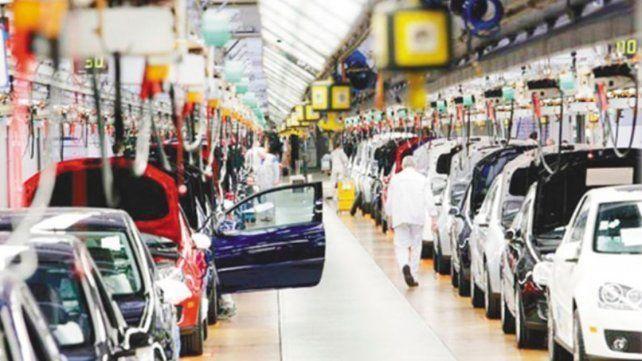 Advierten sobre fallas de fabricación en casi 100.000 autos en la Argentina