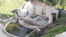 obra basica de reconstruccion ya concluida en el anfiteatro del parque urquiza