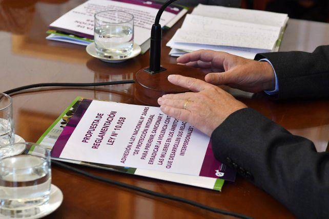Reglamentan la ley  para prevenir y sancionar la violencia contra la mujeres