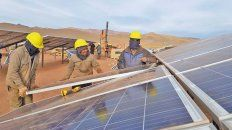 la planta solar mas grande de sudamerica se emplaza en medio de la puna jujena