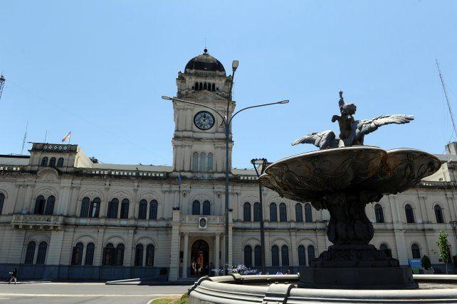 Más de 43.000 jubilados, pensionados y retirados provinciales cobran con aumento