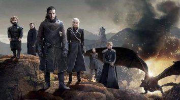 Historia. Uno de los spin-off se situará mil años antes de los sucesos de Juego de Tronos.