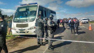Escaparon varios presos en una emboscada a un móvil del Servicio Penitenciario