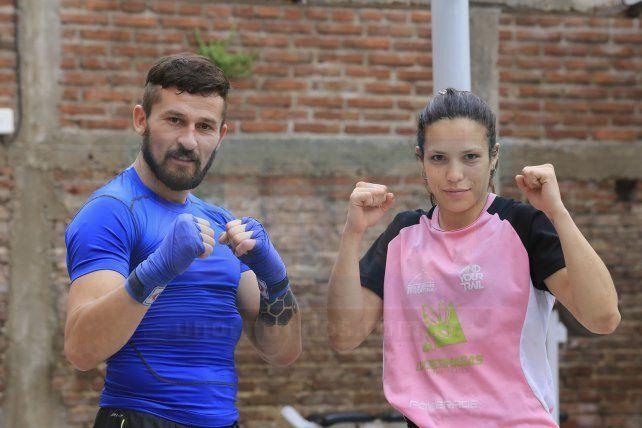 Protagonistas locales. La Hiena se presentará en kick boxing ante una dura oponente y La Topadora estará haciendo el debut en el campo rentado del MMA antes de presentarse en el Súper 4.