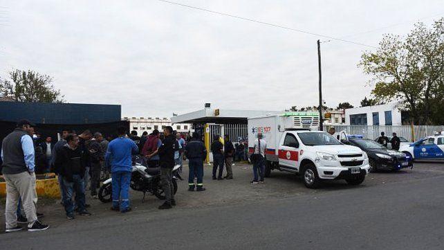 Un trabajador murió de un infarto en medio del conflicto por Electrolux