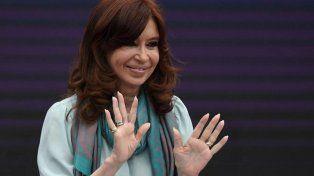 Ante una multitud, Cristina Kirchner presentó Sinceramente en la Feria del Libro