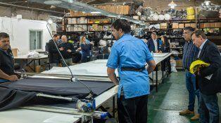 Varisco visitó la cooperativa textil Del Centro