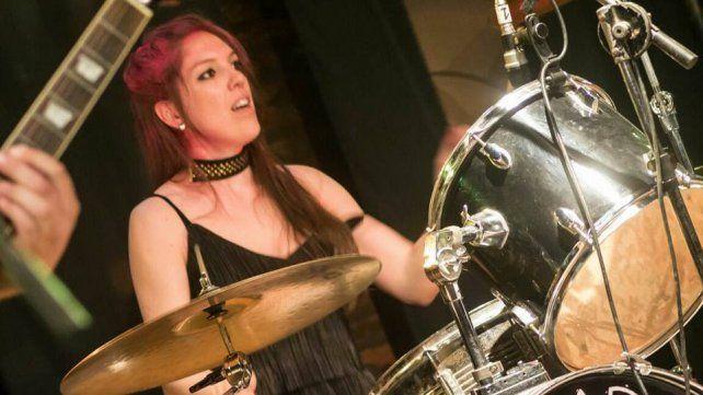 Mujer Orquesta: Entre ensayos, shows y maternidad