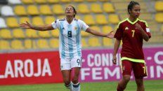 dos entrerrianas buscaran un lugar en el mundial de futbol femenino