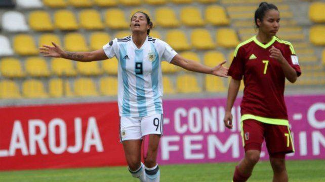 Dos entrerrianas buscarán un lugar en el Mundial de Fútbol Femenino