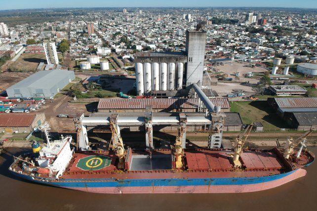Comercio. Las terminales de La Histórica mantienen un importante movimiento operativo.