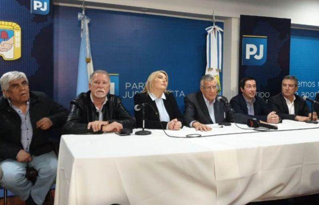 Urribarri con Cristina en el encuentro del PJ: Un gran paso en el camino hacia la unidad