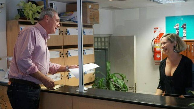 Enersa respondió los pedidos de informe de Benedetti, pero el candidato no los retiró