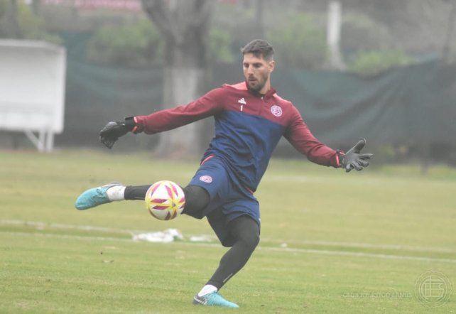 Lanús ofreció tres jugadores a Patronato