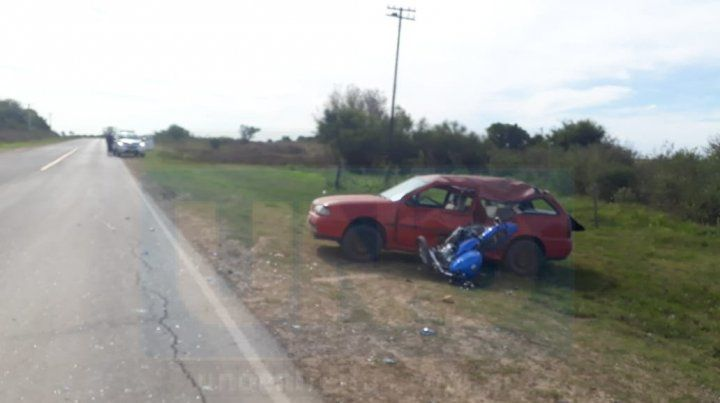 Motociclista murió tras chocar contra un auto