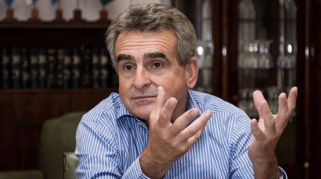 Agustín Rossi anunció que baja su precandidatura: Deja de tener sentido