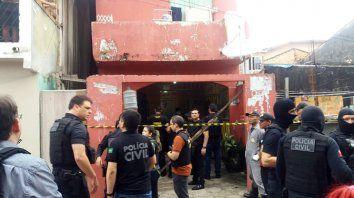 al menos once muertos en una masacre en un bar brasileno