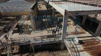Sin plazo. La megaobra en el centro de Paraná arrancó en 2015 y aún no tiene fecha de conclusión.