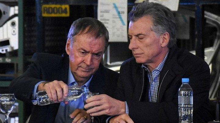 Mauricio Macri se reúne este martes con Juan Schiaretti
