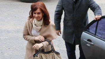cristina enfrenta hoy su primer juicio oral por presuntos actos de corrupcion