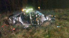 accidente fatal en la 14: una joven de 20 anos murio al salir despedida del auto