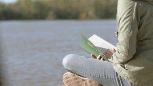 Convocan a ir a leer al río