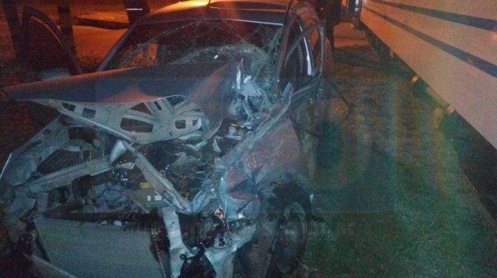 Un automovilista chocó el tren que une Paraná con Colonia Avellaneda