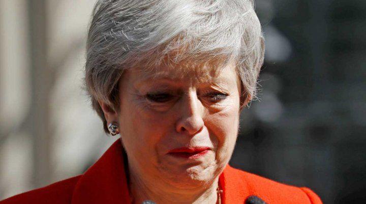 Theresa May anunció su renuncia como primera ministra británica