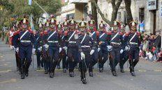 imagenes y momentos del tradicional desfile militar por el 25 de mayo en parana