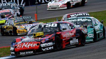 Adelante. El piloto de Chevrolet consiguió su segunda victoria en la categoría y está firme en la cima del torneo.