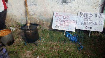 con ollas populares en varios barrios de la ciudad, organizaciones se expresan contra las politicas de ajuste de macri