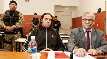ibar perez corradi solto cucarachas durante el juicio oral para reclamar por las condiciones de detencion.