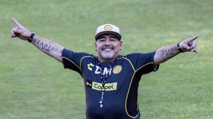 Diego Maradona, sometido a una cura de sueño: despertará en cuatro días