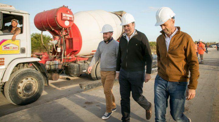 El ministro Dietrich recorrió obras viales en Entre Ríos
