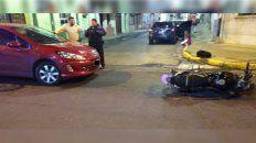 chocaron un auto y una moto en parana