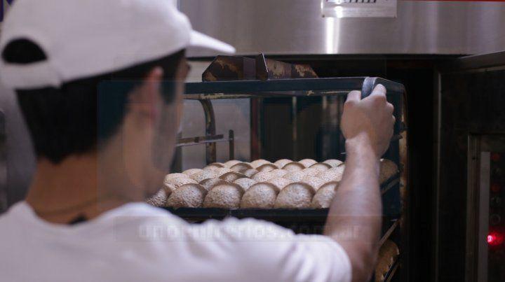 Con harina en la sangre y el oficio de panadero