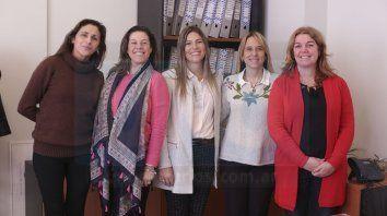 Equipo. Las integrantes de la Oficina de Violencia de Género, en Paraná.