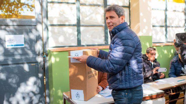 Sergio Uñac obtuvo la reelección en San Juan y Oscar Ahuad se impuso en Misiones