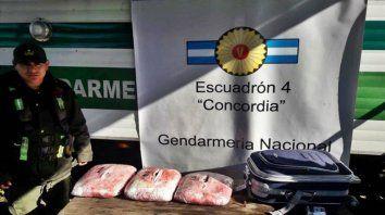 pasajero detenido con cinco kilos de droga en un colectivo