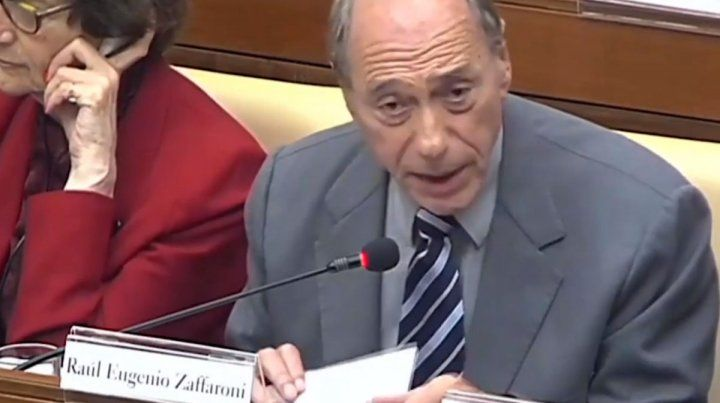 El exministro de la Corte en el Vaticano.