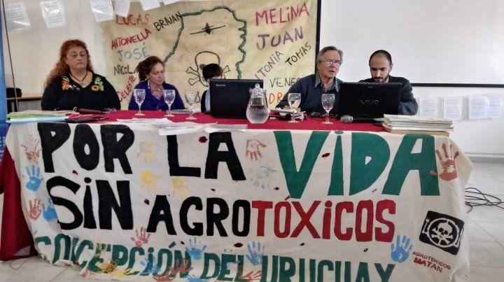 El panel en Concepción del Uruguay.