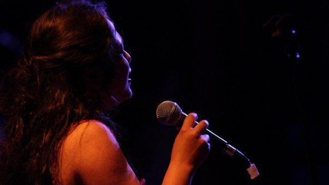 Vuelve el ciclo Güell Bar Cultural con Ana Contreras y el Dúo Aramí