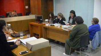 piden duras penas para madre e hija acusadas de estafadoras