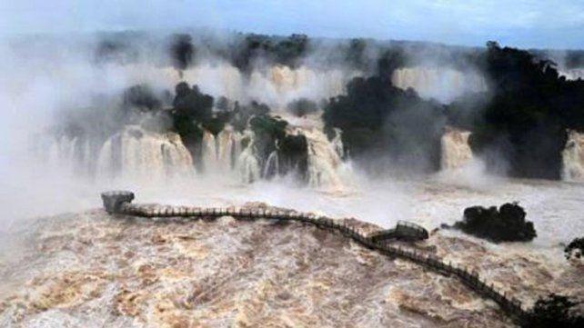 Por ahora, prevén que la crecida de ríos en la provincia no llegará a los niveles de alerta